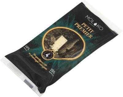 Сыр Moloko Group Petit Premier 48% 200г